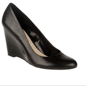 Franco Sarto black leather wedge business pump
